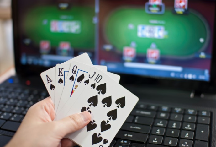 Как заработать на жизнь, играя в покер - фото 1